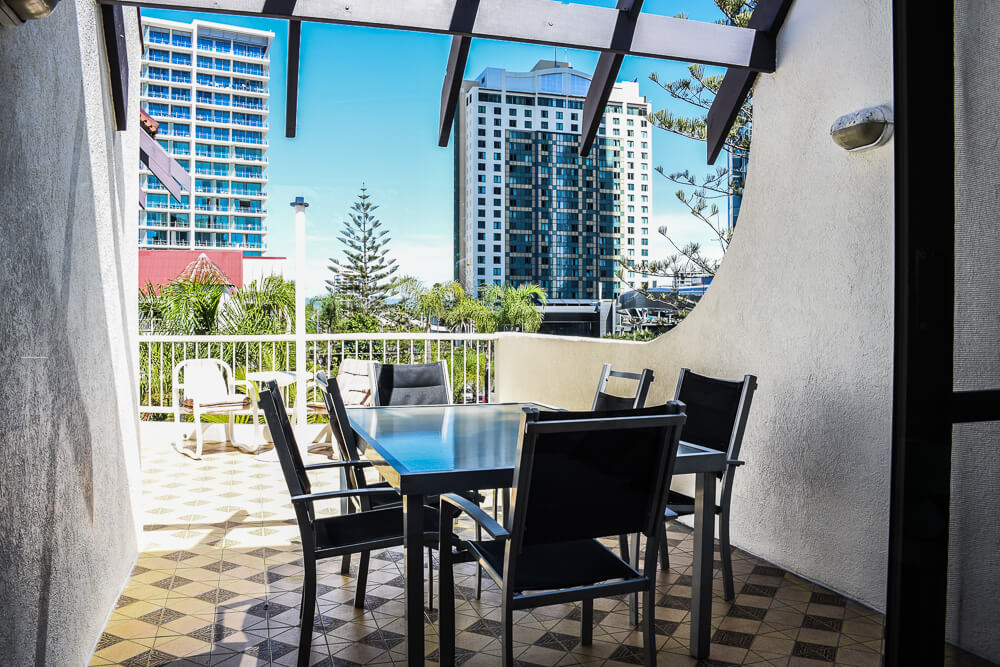 copa-gold-coast-holiday-apartments-room1-11